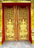 Alta porta della scultura tailandese Fotografia Stock Libera da Diritti