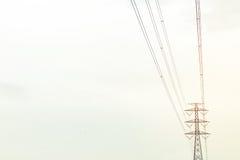 Alta posta elettrica fotografia stock