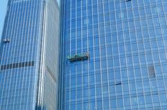 Alta pulizia di vetro di costruzione della parete divisoria Fotografia Stock Libera da Diritti