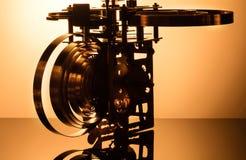 Alta risoluzione del meccanismo dell'orologio Fuoco sugli ingranaggi centrali Fotografie Stock Libere da Diritti
