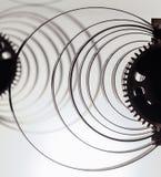Alta risoluzione del meccanismo dell'orologio Fuoco sugli ingranaggi centrali Immagine Stock