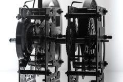 Alta risoluzione del meccanismo dell'orologio Fuoco sugli ingranaggi centrali Fotografie Stock