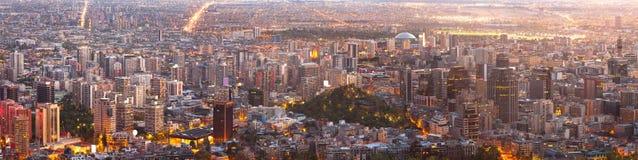 Alta risoluzione eccellente di una vista panoramica di Santiago del centro Fotografia Stock Libera da Diritti