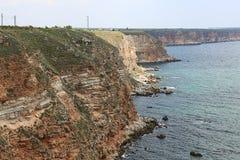 Alta scogliera sopra il mare Fotografia Stock Libera da Diritti