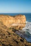 Alta scogliera vicino alla grande strada dell'oceano, Australia Fotografie Stock Libere da Diritti