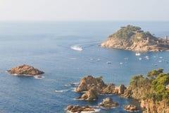 Alta semi-isola rocciosa Fotografia Stock
