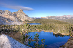 Alta sierra laghi e picchi Fotografia Stock