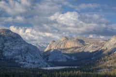 Alta sierra, sosta nazionale del Yosemite Fotografia Stock