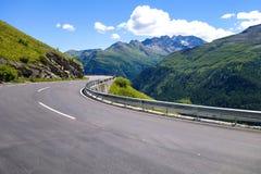 Alta strada alpina Fotografie Stock