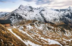 Alta strada alpina di Grossglockner in Austria nel crepuscolo Fotografia Stock