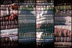 Alta struttura dettagliata del tessuto come fondo, la superficie del tessuto per il sito Web o dispositivi mobili Fotografia Stock