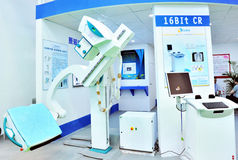 alta tecnología en el equipamiento médico imagenes de archivo