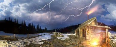 Alta tempesta della molla in Ucraina Fotografie Stock