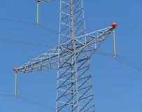 Alta tensione elettrica della torre Fotografia Stock Libera da Diritti