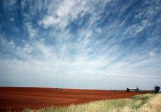 Alta terra dell'azienda agricola delle pianure Immagine Stock