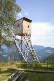 Alta torre dei cacciatori di legno Cacciatori alto Seat Fotografia Stock Libera da Diritti