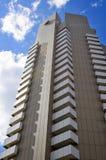 Alta torre e nuvole Immagine Stock Libera da Diritti