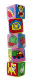Alta torretta dai cubi del giocattolo Immagine Stock