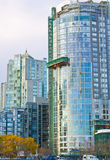 Alta torretta di vetro di aumento Immagine Stock Libera da Diritti