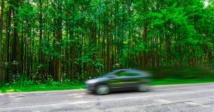 Alta velocità di viaggio delle automobili Fotografia Stock Libera da Diritti