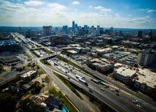 Alta vista aerea sopra l'antenna 2016 dell'orizzonte di Austin Looking East Urban Industrial Austin Texas Fotografie Stock Libere da Diritti
