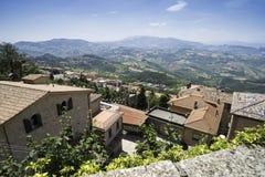 Alta vista da San Marino Fotografia Stock