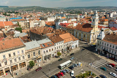 Alta vista de la ciudad de Cluj Napoca Imagen de archivo