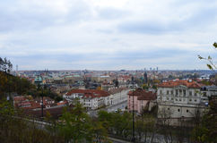 Alta vista della città dal parco di Letna a Praga, repubblica Ceca Immagine Stock Libera da Diritti