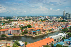 Alta vista della città malese antica nel Malacca Immagini Stock