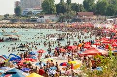 Alta vista della spiaggia della località di soggiorno di Costinesti Immagine Stock Libera da Diritti