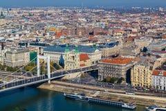Alta vista delle costruzioni a Budapest durante il giorno Fotografia Stock Libera da Diritti