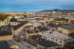 Alta vista delle costruzioni a Salisburgo Austria Fotografia Stock Libera da Diritti