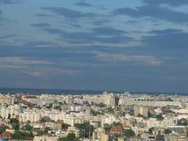 Alta vista di paesaggio urbano di crepuscolo di Bucarest Immagine Stock
