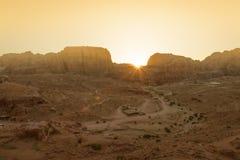 Alta vista di PETRA al tramonto Fotografia Stock