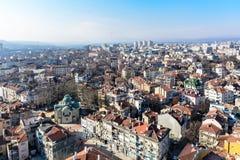 Alta vista general de Varna, Bulgaria en día soleado hermoso Imagen de archivo libre de regalías