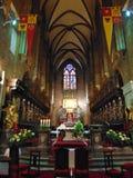 Altaar binnen St John Baptist Cathedral stock afbeeldingen
