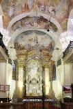 Altaar van St Nicholas Church in Praag Royalty-vrije Stock Afbeeldingen