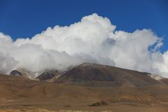 altai日持续山夏天 美好的高地横向 俄国 西伯利亚 免版税库存照片
