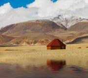 Altai aflige en montañas Rusia Siberia Imágenes de archivo libres de regalías
