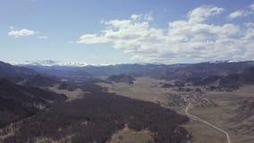 Altai Berge Schöne Hochlandlandschaft Russland sibirien Flug auf quadcopter stock video footage