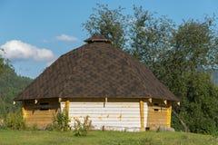 Altaic传统房子 免版税图库摄影
