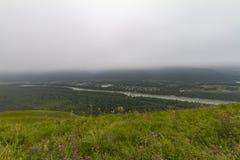 altaidagar sist bergsommar flod russia siberia för altaikatunregion arkivfoto