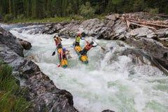 Altairepubliek Het extreme rafting op de Bashkaus-Rivier royalty-vrije stock fotografie
