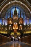 Altar católico Fotos de archivo libres de regalías