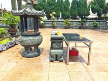 Altar in Chinese temple courtyard Royalty Free Stock Photography