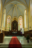 Altar da igreja luterana Fotos de Stock