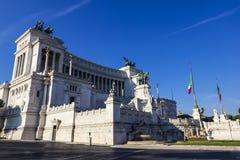 Altar da pátria Vittoriano Monument em Roma, Itália Lado-vista foto de stock royalty free