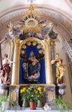 Altar da Virgem Maria na catedral de São Nicolau em Novo Mesto, Eslovênia Fotos de Stock Royalty Free