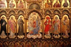 Altar de la Virgen y del niño Fotografía de archivo libre de regalías