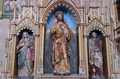 Altar des heiligen Herzens von Jesus in der Kirche von St Matthew in Stitar, Kroatien Stockbilder